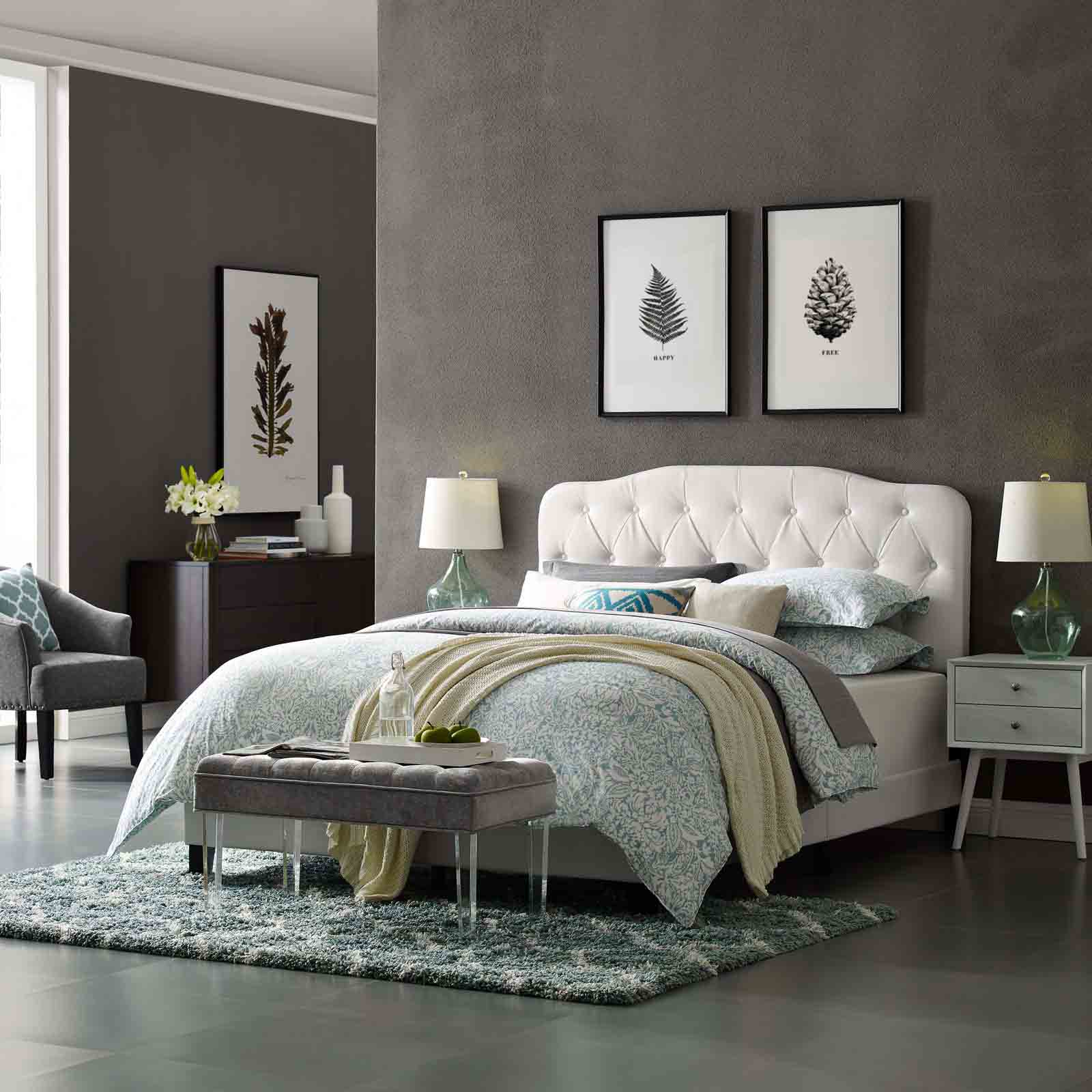 Modterior :: Bedroom :: Beds :: Amelia Full Faux Leather Bed