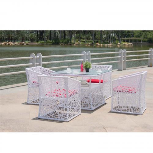 Thin Outdoor Dining Set, White